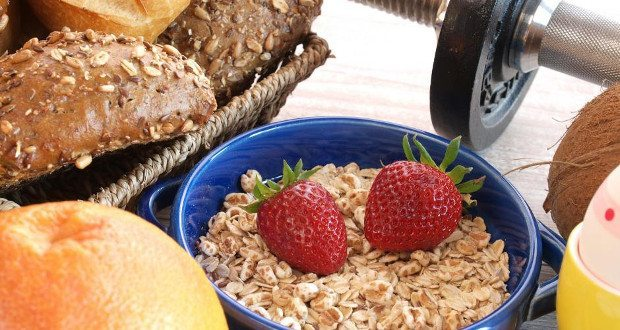 Uma alimentação saudável começa pelo café da manhã!