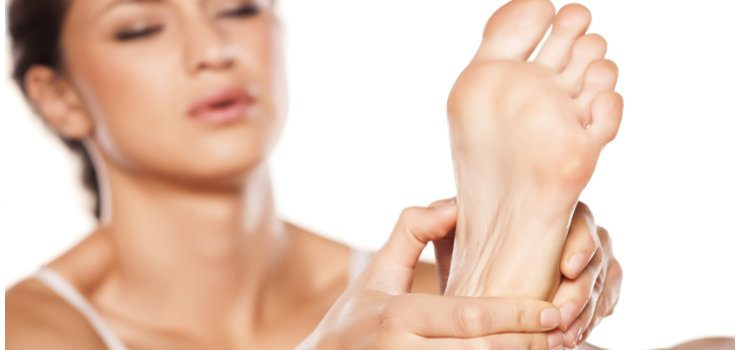Dolor e hinchazón en los pies - qué hacer?