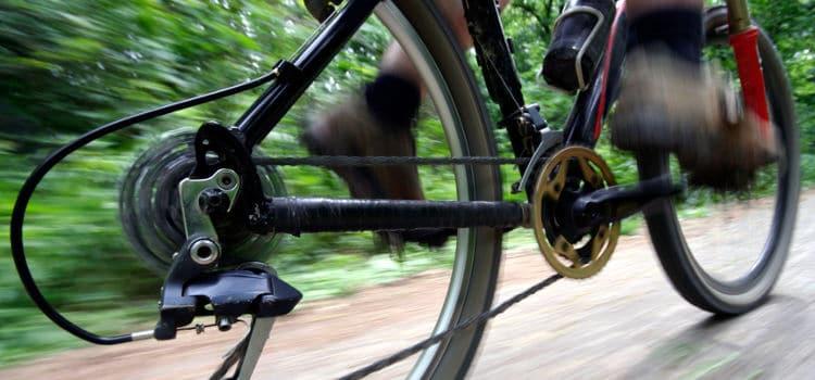 Posicionamento dos pés no pedal