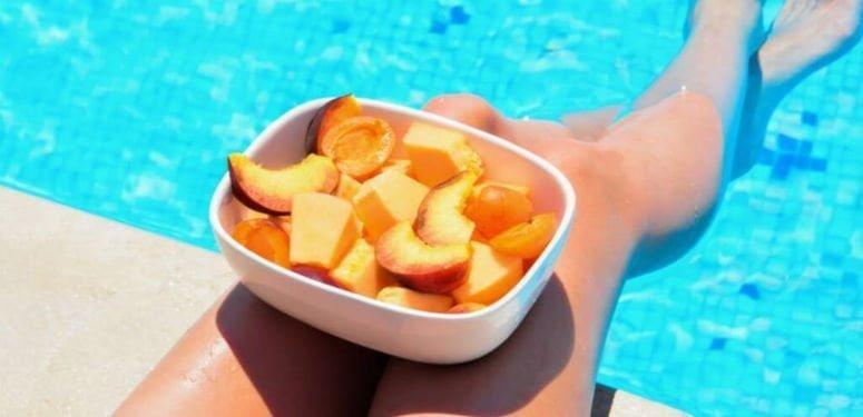 nadar depois de comer