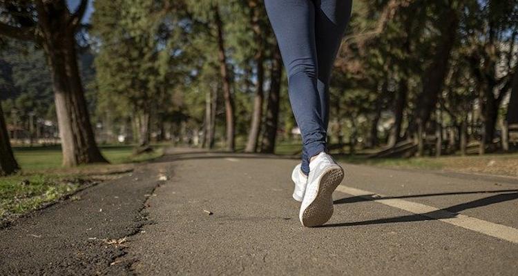 mulheres tem mais lesões no joelho
